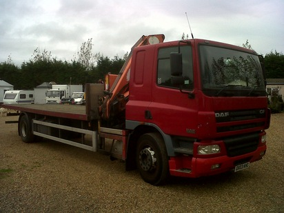 DAF CF65 4X2 FITED WITH 15TON CRANE